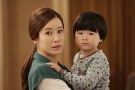 Lee Tae-ran et Lee Ah-in-I dans Granny's Got Talent (2014)