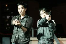 Shin Eun-kyung et Eric Mun dans Diary of June (2005)