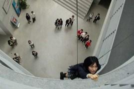 Yoon Jin-seo dans Someone Behind You (2007)