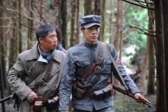 Yoo Hae-jin et Ryu Jun-yeol dans The Battle: Roar to Victory (2019)