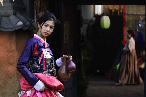 Kim Ok-bin dans The Accidental Gangster and the Mistaken Courtesan (2008)