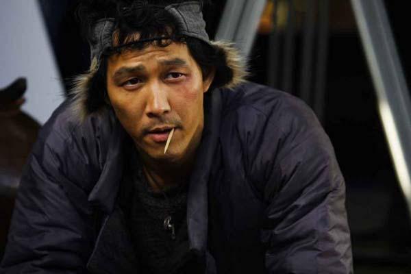 Lee Jung-jae dans The Accidental Gangster and the Mistaken Courtesan (2008)