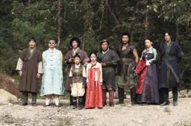 Cha Tae-hyun, Oh Ji-ho, Min Hyo-rin, Lee Chae-young, Sung Dong-il, Ko Chang-seok, Shin Jung-geun, Chun Bo-geun, Kim Hyang-gi et Song Jong-ho dans The Grand Heist (2012)