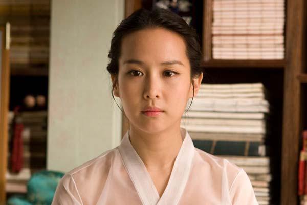 Jo Yeo-jeong dans The Servant (2010)